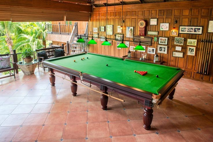 Large Snooker and Games Area