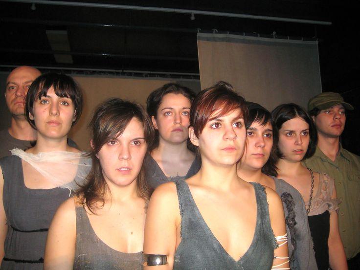 Teatro para adultos. Escuela de Arte Dramático Valladolid. Sobre cenizas. Mayo 2008