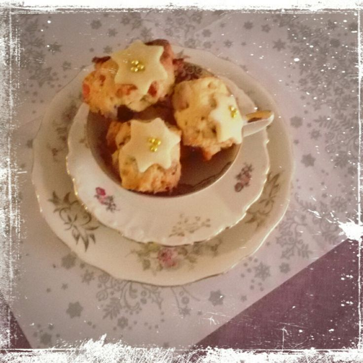 Mini #Christstollen  Rezept auf meinem #Blog www.misssweetheartsbakery.wordpress.com Marzipan Rosinen Gewürze