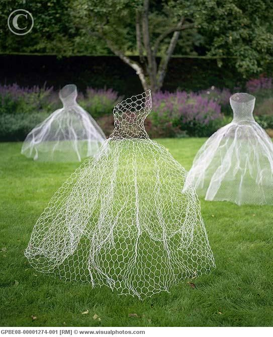 DRESS CHICKING WIRE CAGES | cages of chicken wire made into fancy dresses)