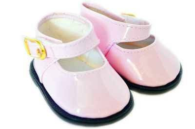 This sweet patent Mary Jane shoe will dress up any outfit.    Suitable for dolls with a foot measurement up to 29mm long and 25mm wide such as Disney Toddler, Wellie Wishers, Gotz Just Like Me, Corolle Les Cheries and other similar sized dolls.