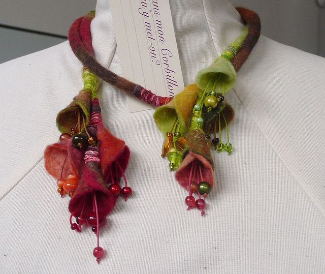 Necklace | Dans mon corbillon Designs. Felt, glass beads and polymer clay.