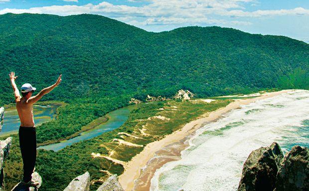 Praia Lagoinha do Leste, em Florianópolis, Santa Catarina