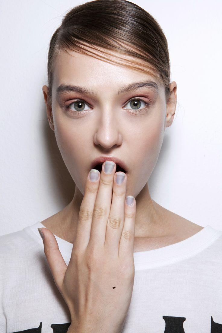 Manicure: trendy wiosna-lato 2014, Laura Biagiotti, fot. Imaxtree
