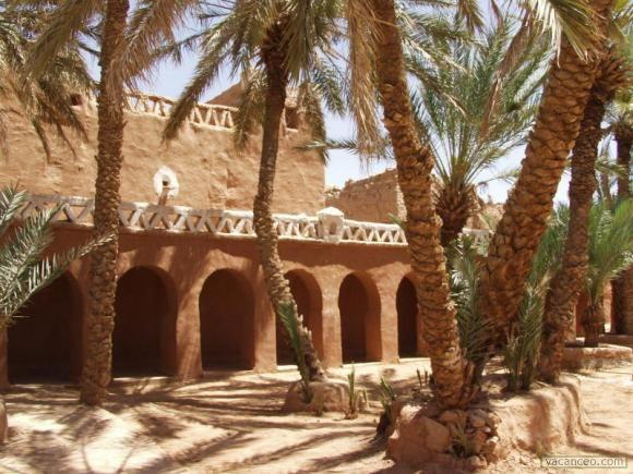 Béchar, Algérie: Les ksour du nord.
