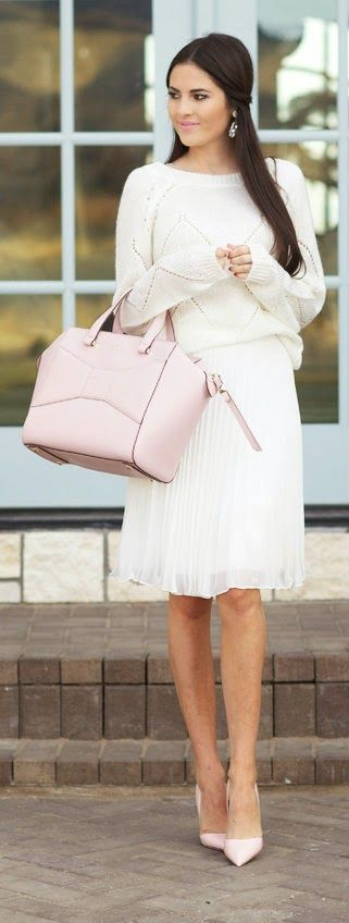 Winter white outfit ideas - Pink Peonies
