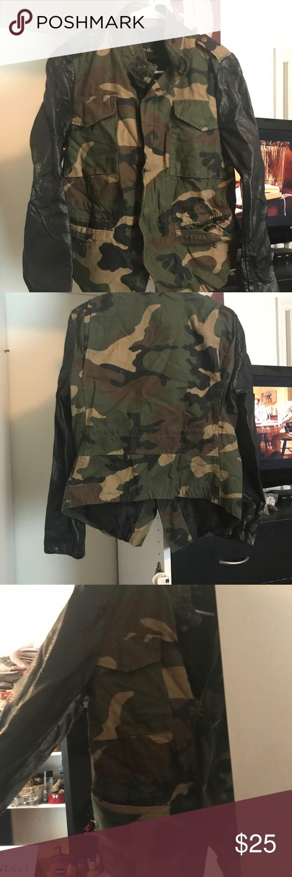 Army Leather Sleeve Jacket Super cute army fatigue leather sleeve jacket. Perfect for fall. Sz. L Jackets & Coats Utility Jackets