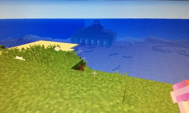 Minecraft seed with Ocean Temple at Spawn.  2960224405610138342