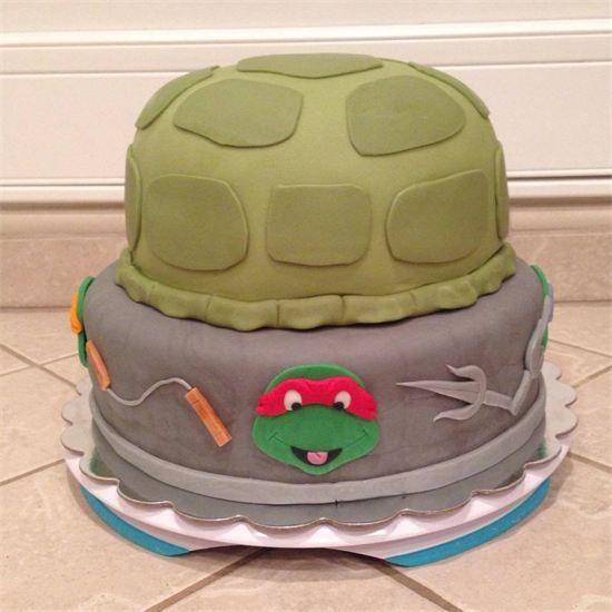 Teenage Mutant Ninja Turtles cake - TMNT by www.amberslittlecupcakery.com