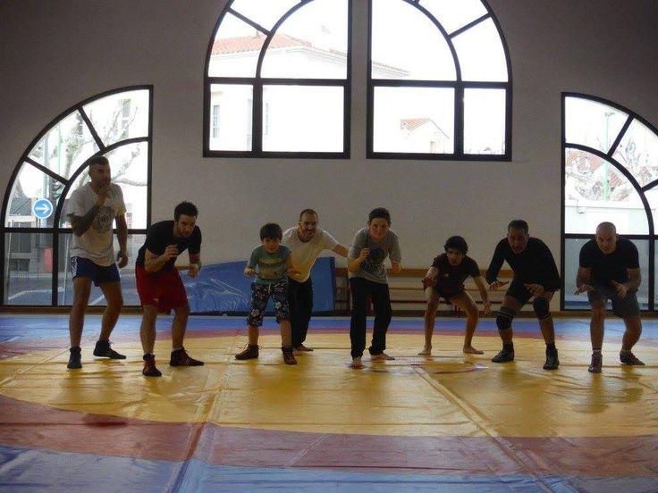 Canohès : entraînements de lutte au sein du JECT club multi-combats