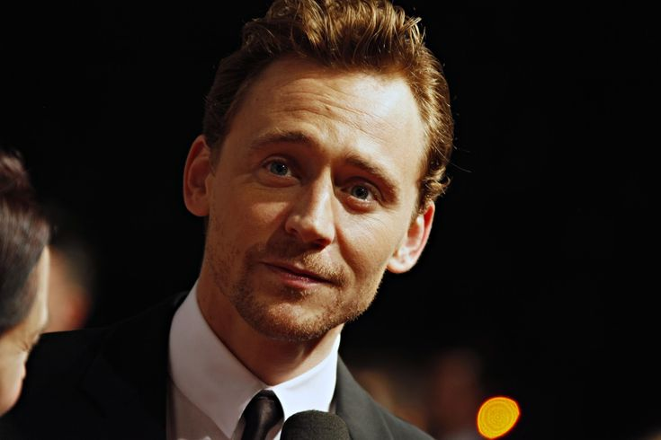 tom hiddleston   Tom Hiddleston to Headline 'Capa'; Clifton Collins Jr. Finds ...