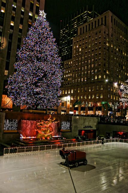 Rockefellr Center - Best Destinations in USA - Part 1 , New York City (10 Pics) | See More Pictures | #SeeMorePictures
