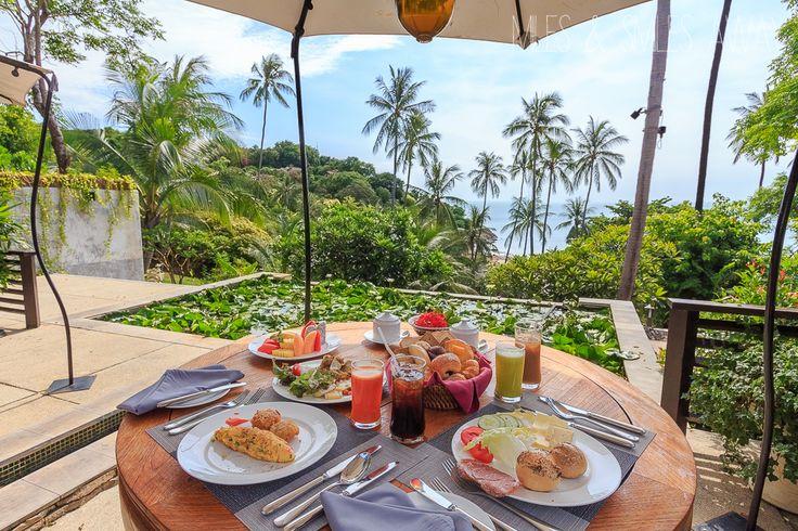 breakfast in Tongsai Bay