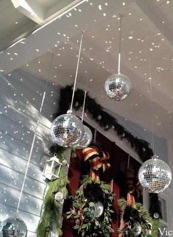 Christmas Ball Decoration Ideas Fascinating Best 25 Ball Decorations Ideas On Pinterest  Masquerade Ball Decorating Design