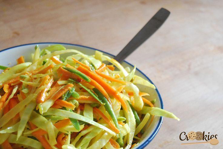 Les Achards, salade de légumes crus marinés. La recette : http://crookies.fr/les-achards-salade-de-legumes-crus-a-la-reunionnaise/#