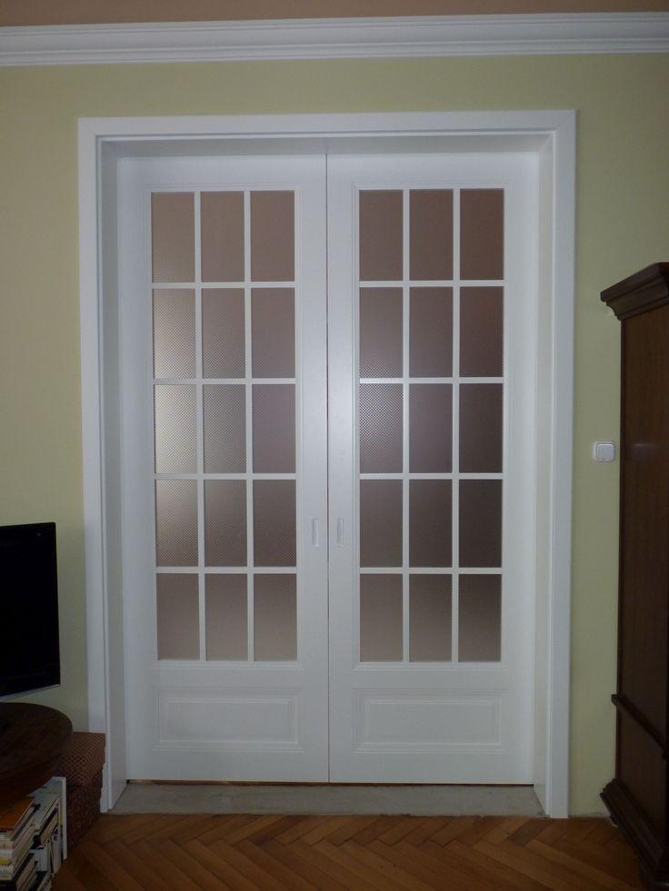 APPICTA lacquered oversized double sliding door with potted glazing   APPICTA extrém magas - 2650mm - festett kétszárnyú tolóajtó punto üvegezéssel