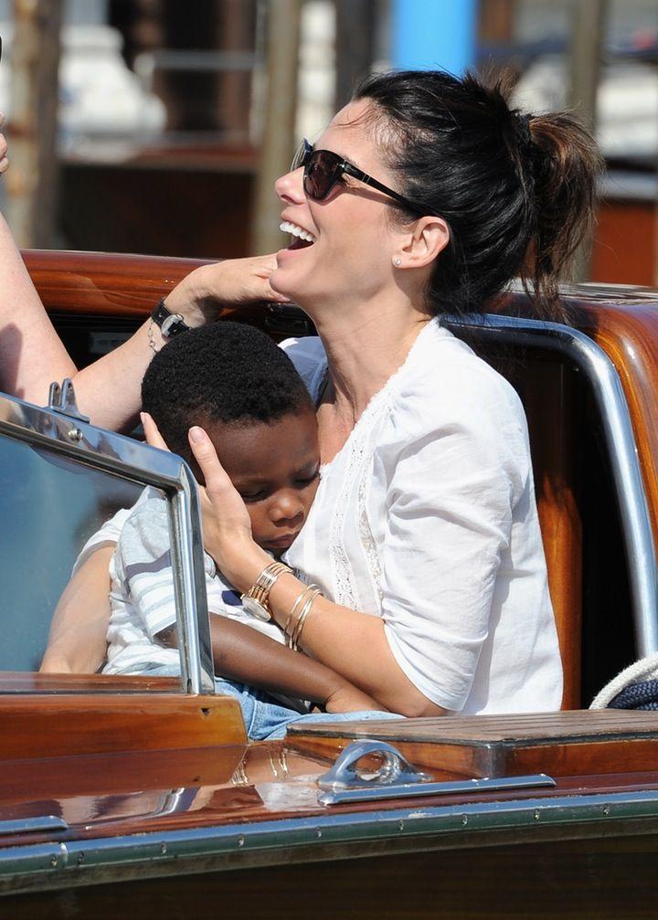 Family Fun!: Sandra Bullock and Boyfriend Bryan Randall Bring Her Two Kids to Disneyland