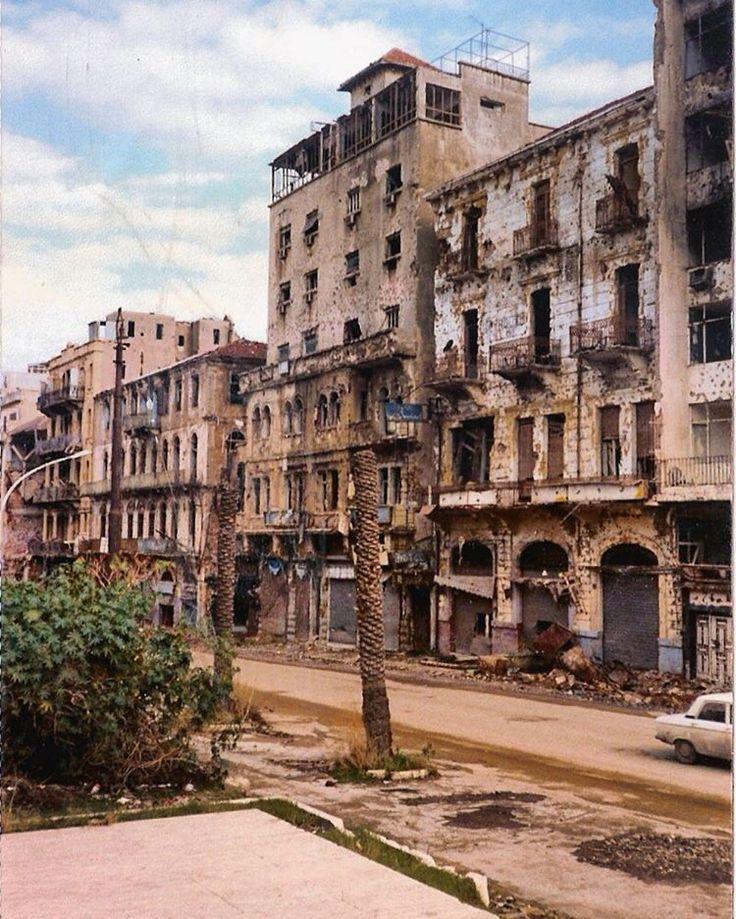 #بيروت ساحة الشهداء عام ١٩٩٣، #Beirut Martyrs Square in 1993 . #Oldbeirutlebanon…
