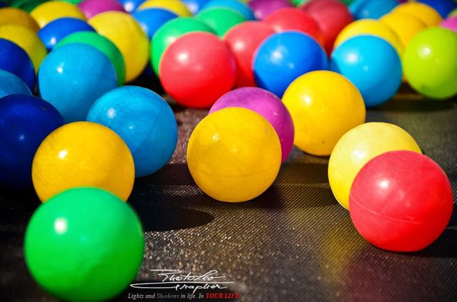 The balls are all the rage this summer...     by   http://PhotoLeoGrapher.blogspot.com