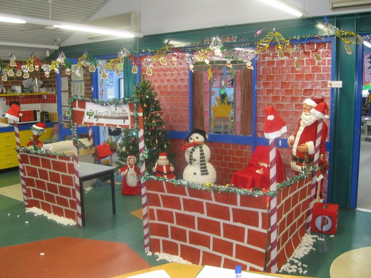 Santa's Workshop Role Play Area... if we went all out we could do this!!