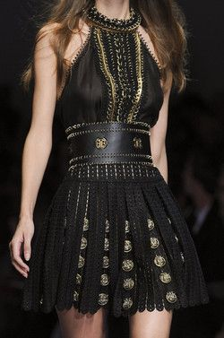 Paco Rabanne at Paris Fashion Week Spring 2013 Roman inspired <-- skirt looks like a Dalek. My whovian conversion is progressing nicely. The Roman must be Rory.