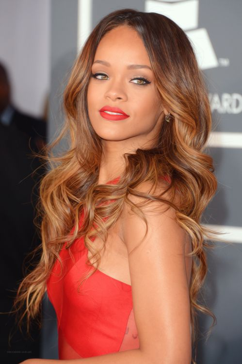 red lips + red dress + beachy waves-Rihanna at the Grammy's