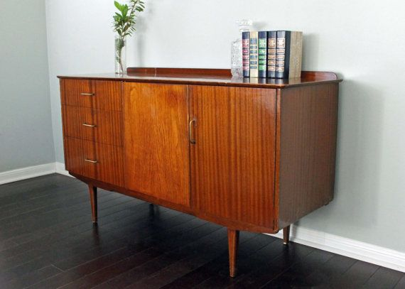 Sold vintage retro mid century modern mcm dresser credenza for What does mcm the designer stand for