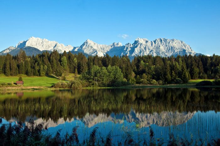 The Alps: The picturesque European mountain range which was the standard romantic song shoot location in Bollywood films of the 90's and which continues to be the popular ski holiday destination for many, is located at a low altitude. This means that due to global warming, the glaciers in the mountain range could melt faster than many other snow clad mountain ranges. The Alps' glaciers are predicted to melt and disappear by 2050.