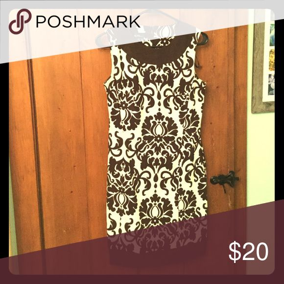 Size 4 retro style dress Sexy cocktail dress perfect for hosting a fab dinner party! Dresses Midi