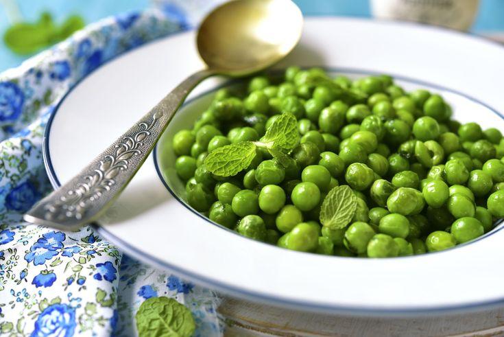 Chłodnik z groszku, przepis: http://www.weranda.pl/styl-zycia-new/chlodnik-z-groszku #chłodnik #zupa #groszek #wegetarianizm #dania #gotowanie #kuchnia #przepisy #kulinarne #jedzenie #food