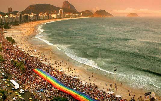 Orgulho ! :-O Fora do Armário:: A 'via crucis' da 22ª Parada do Orgulho LGBT de Co...