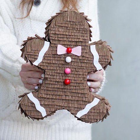 Con esta monería me despido hoy!! Piñata caja de regalos o lo que tu quieras. En el Blog os dejo el paso a paso. Buenas noches!! Crédito: Studiodiy #diy #cookies #christmas #happyideas #buenasnoches #bonanit