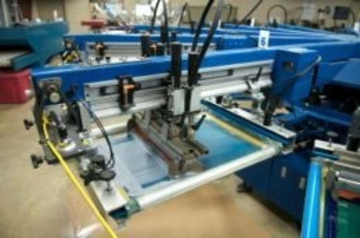 T-shirt printing machine #tshirt #print #machine #screen #mesh #clothing #entrepreneur #make #logo #clothes #style #fashion #design #fabric #ink