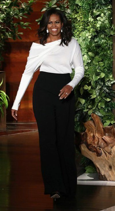 """Michelle Obama in Tom Ford makes an appearance on """"The Ellen Show'. #bestdressed"""