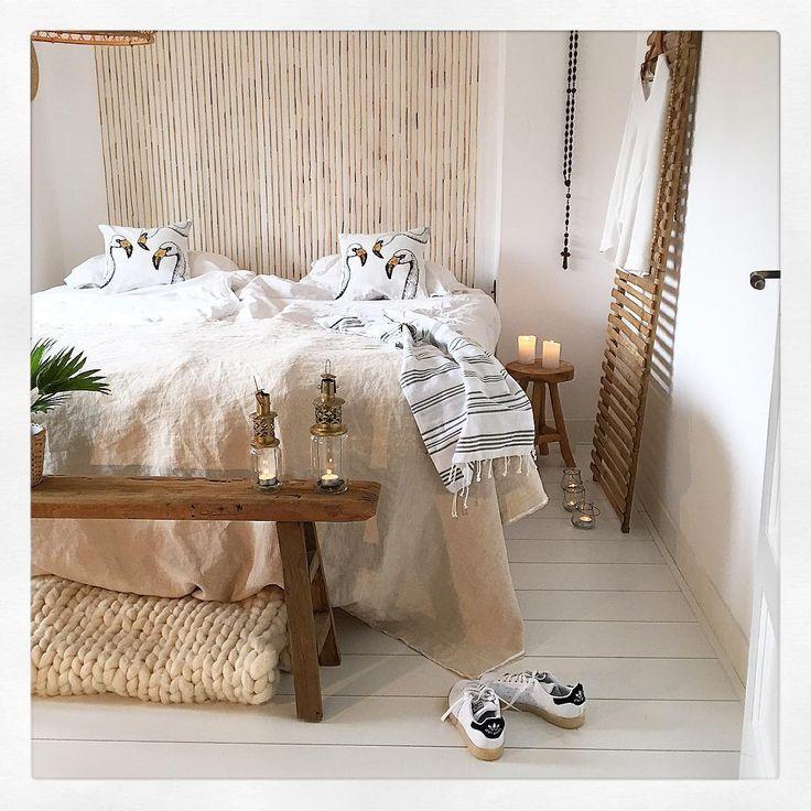 Les 25 meilleures id es de la cat gorie rideaux de perles pour porte sur pinterest rideaux de - Kleden muur op ...