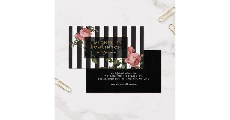 Seu nome ou nome da empresa são indicados elegante sobre um fundo listrado preto e branco com uma ilustração floral do vintage overlay para um muito chique e na moda estéticos. Este design é parte de uma série de materiais de escritório de coordenação. Comprar artigos de papelaria de harmonização, submeta cartões, etiquetas e mais em nossa loja: zazzle.com/1201am. Para pedidos ou perguntas do design, alcance-nos por favor para fora em www.1201am.com. © 1201AM CRIATIVO
