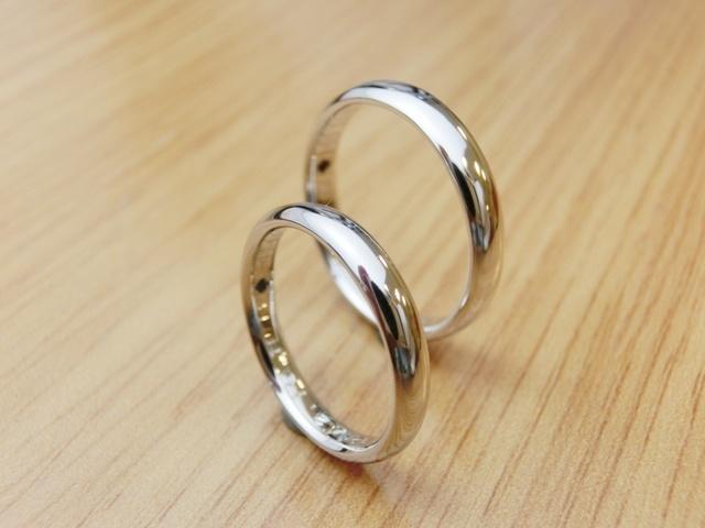 material:pt,k18wg  wide:2.5mm/3.5mm  option:birthstone    http://www.yubiwatsukuru.com/