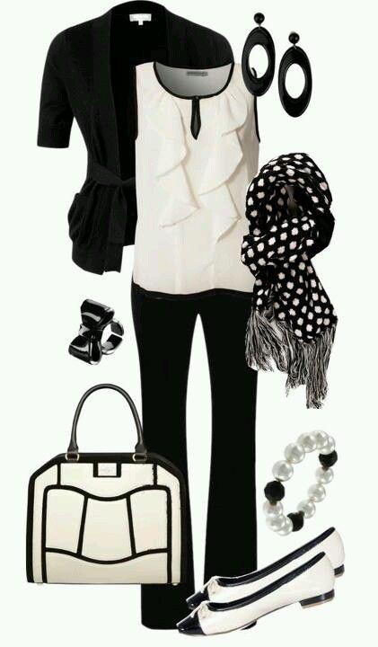 BLACK AND WHITE! O_O Amazing bag!