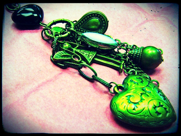 Assorted Christian Key Holders from R50-00.