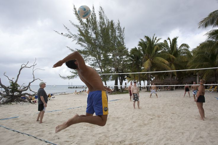 #Volleyball is one of the star sports at #IBEROSTAR. Shall we play a game? #IBEROSTARCozumel #StarFriends #sport