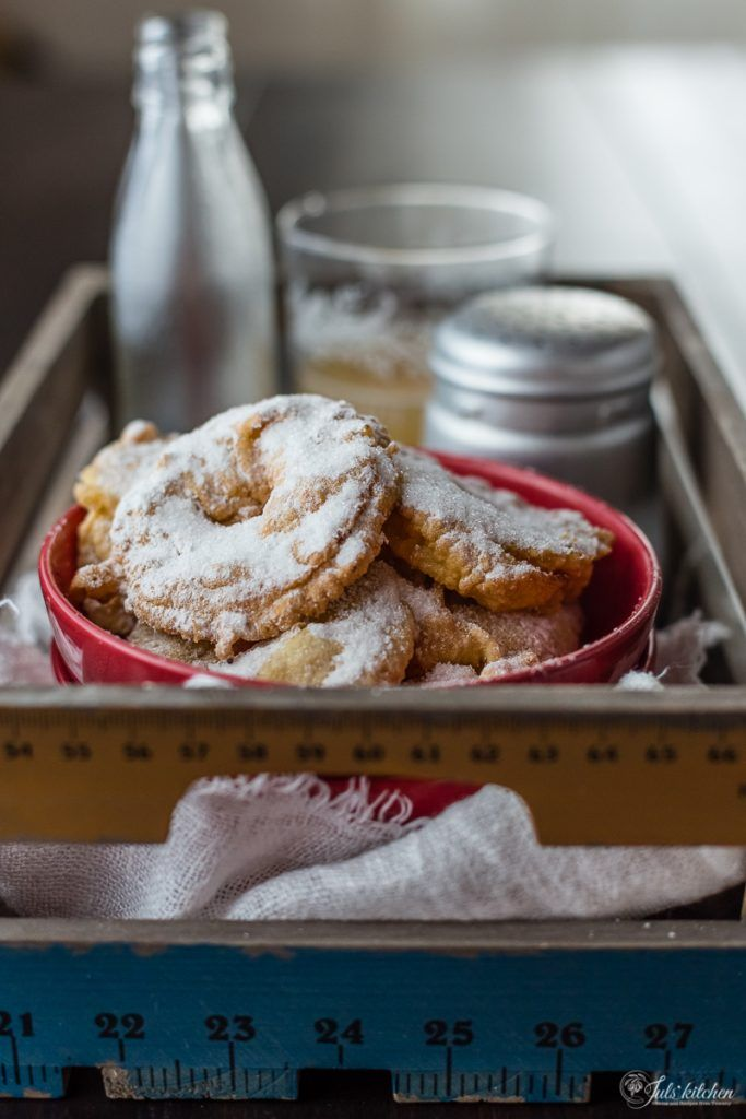 Tuscan apple fritters