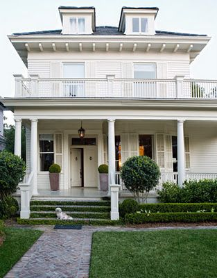 in new Orleans...love the second story porch