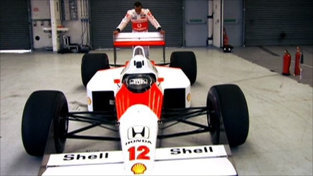 I have never seen this clip before! This is amazing! 1,200 horsepower!  http://grandprix20.com/2012/11/26/lewis-hamilton-drives-ayrton-sennas-mclaren-on-bbc-top-gear/  #F1