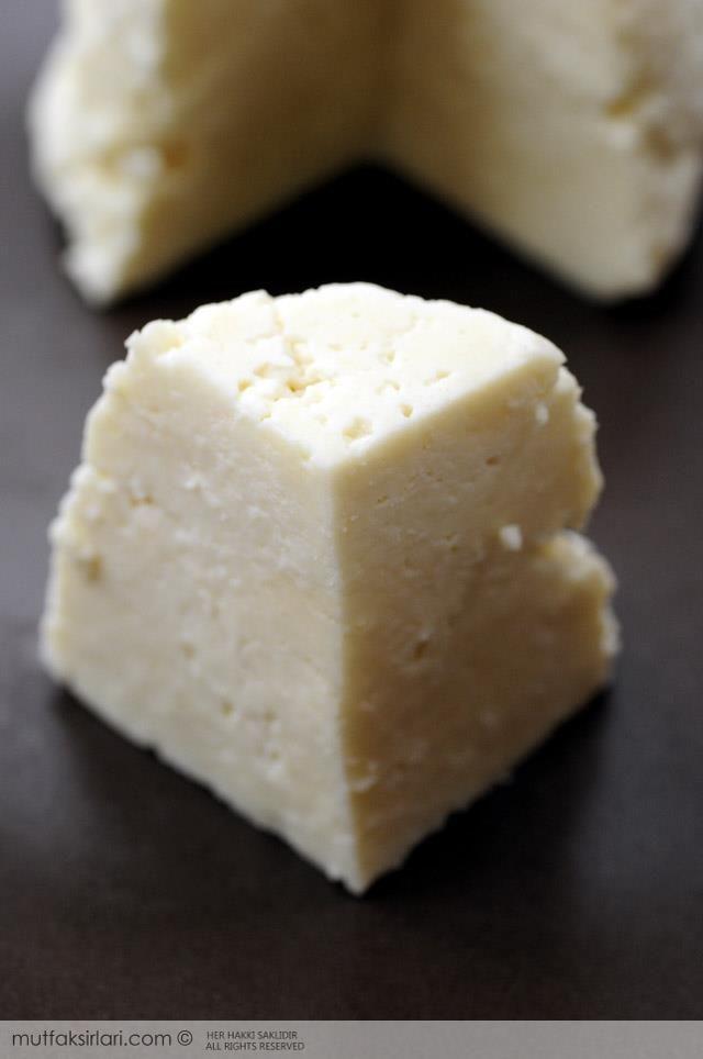 Ev Yapımı Peynir: Ricotta Tarifi | Mutfak Sırları