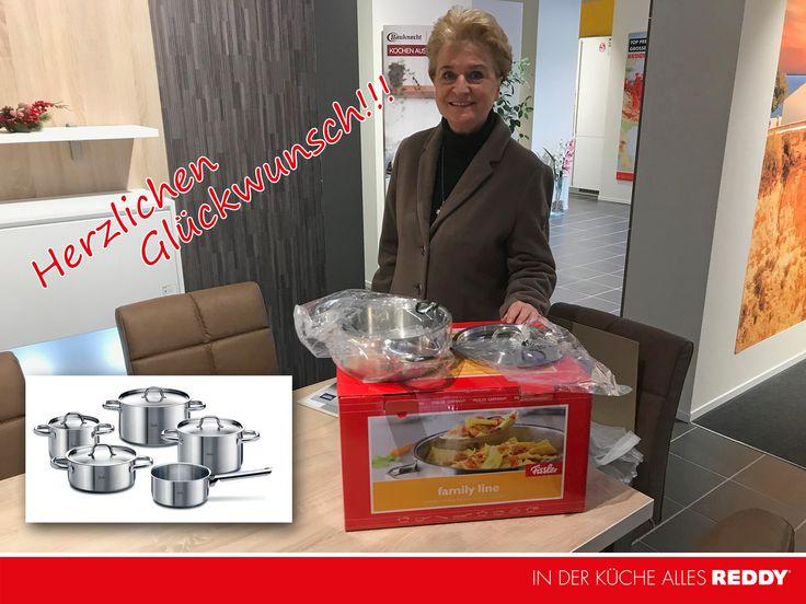 Herzlichen Glückwunsch!!!   Die Gewinnerin des FISSLER Topfset im Wert von 279,00 Euro steht fest. Danke für die Teilnahme und viiiiieeeeel Spaß mit dem neuen Topfset.  #REDDYKÜCHEN #küchen #brandenburg #potsdam #gewinn #gewinnspiel #kochen #töpfe #fissler #gewonnen #freude