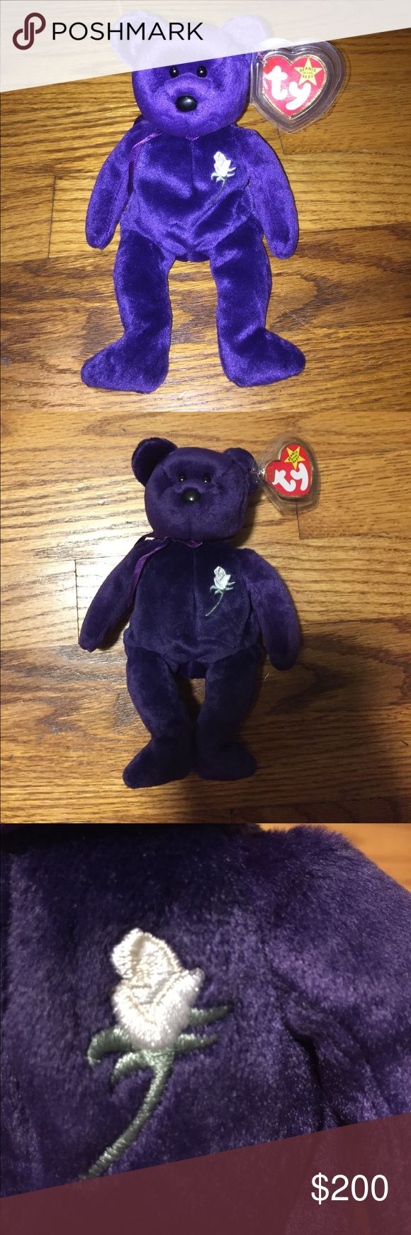 """Princess Diana beanie baby! 1997 original Princess Diana beanie baby. It is unique because """"Gosport"""" is spelled """"Gasport"""" in the swing tag. The swing tag is a little ripped in the corner, otherwise the baby is in MINT condition. I'm willing to offer I just want to get rid of it for a reasonable price. And I have tons more original and unique beanie babies if interested. Other"""