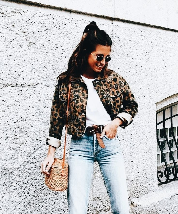 bc55d28a09f43 Stylish & Affordable Women's Blogger Style Fall/Autumn Outfit Inspiration |  Trending Fall Street Style Ideas & Trends| Instagram Influencer OOTD ...