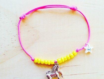Unicorn friendship bracelet