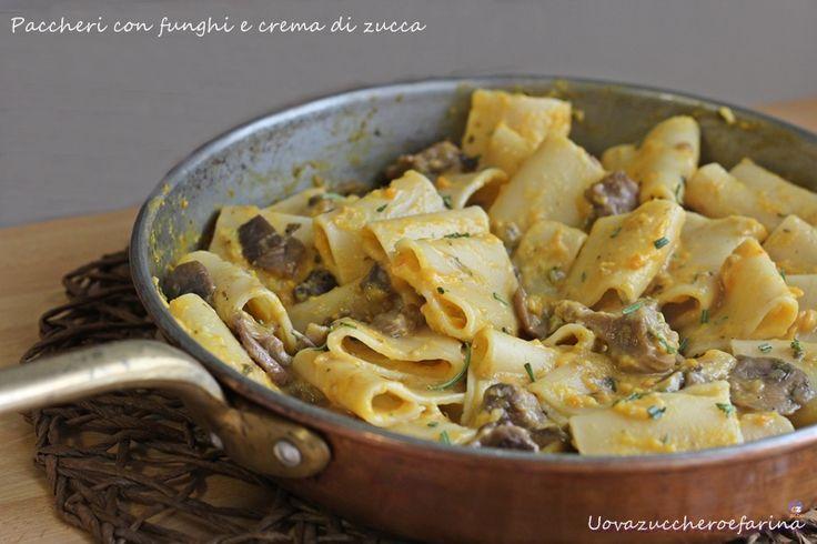 paccheri with mushrooms and pumpkin cream / paccheri con funghi e crema di zucca #ricetta #recipes  #recipe #italianrecipe #mushrooms #pumpkin #paccheri #funghi #zucca