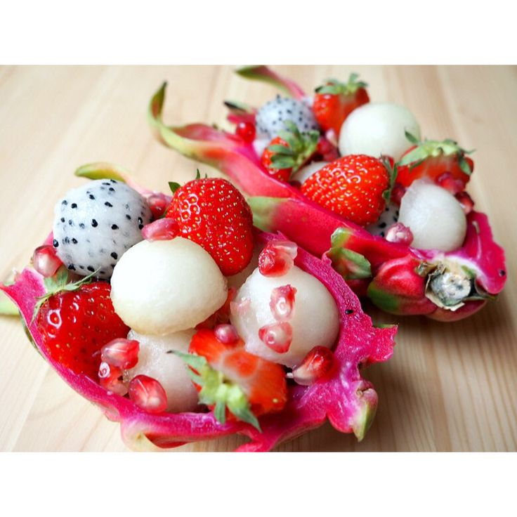 Pitahaya fruit bowl